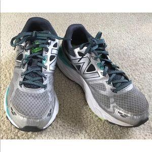 New Balance Running Shoes W680LG3 Tech Ride Sz 11